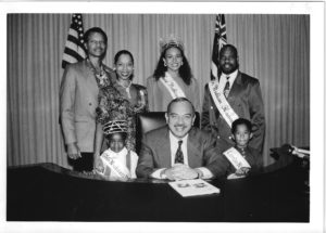 Gov Waihee and Pageant Family