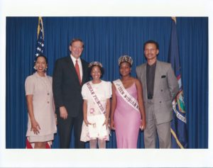 Janelle, Marely and New York Governor Pataki - 2000